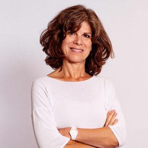 Céline est responsable juridique du Groupe Cailleau, terrain à vendre toulouse bordeaux